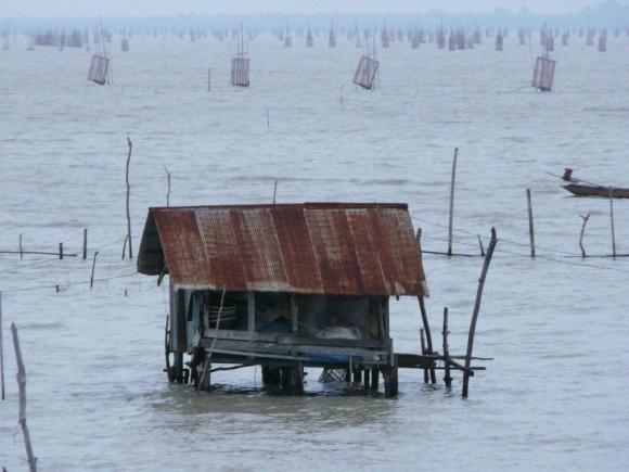 Paisible fishing village at Songkla's Ko Yo Island